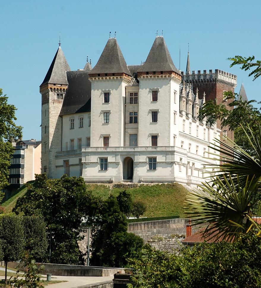 Photographie de la façade Ouest du château