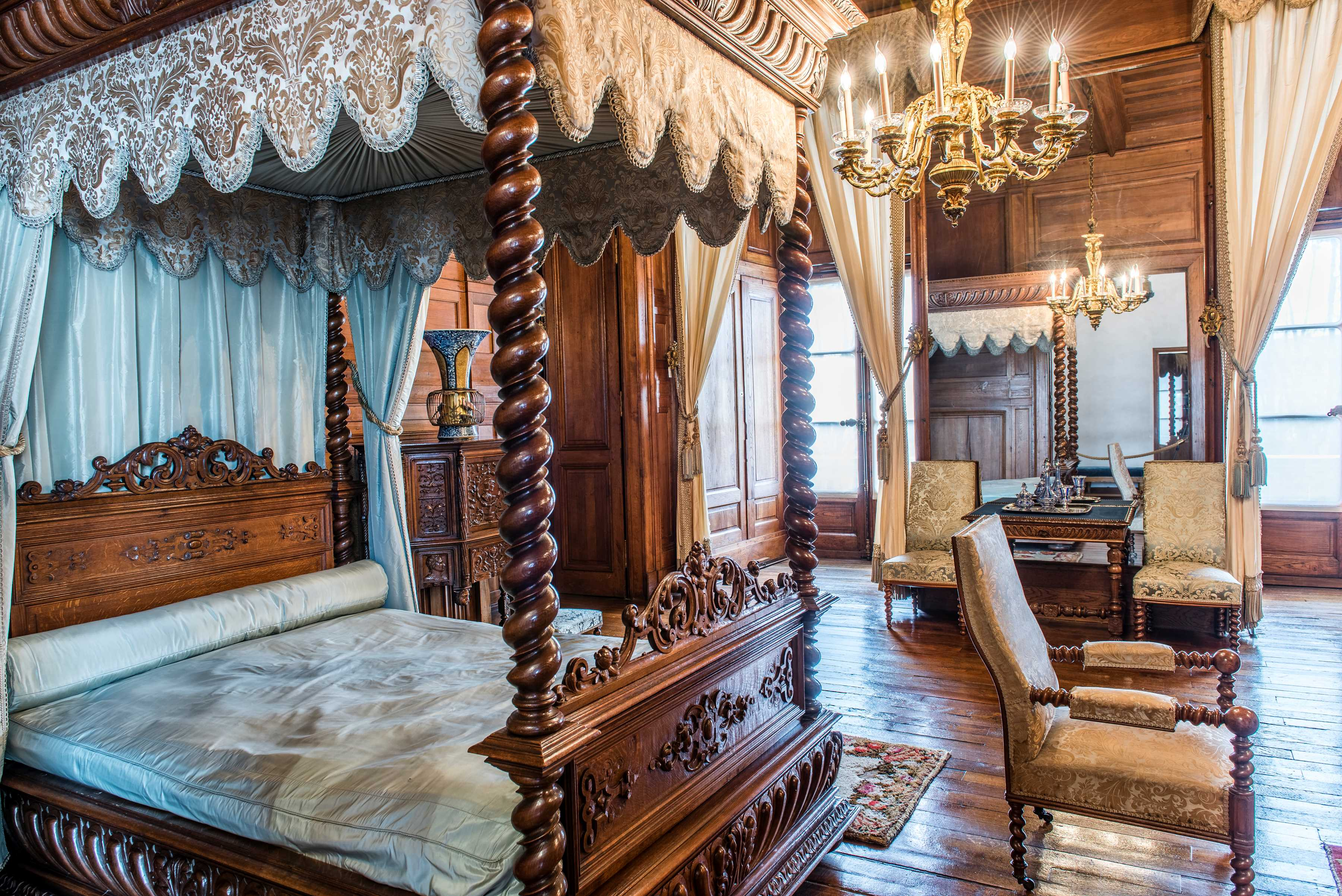 Vue d'ensemble de la chambre de l'Impératrice - Château de Pau